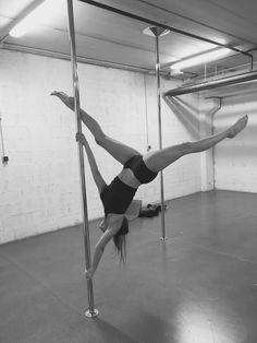 Pole Fitness Moves, Pole Dance Moves, Pole Dancing Fitness, Barre Fitness, Fitness Exercises, Aerial Dance, Aerial Hoop, Aerial Silks, Flexibility Dance