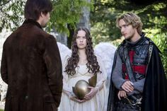 """Reign -- """"Hearts and Minds"""" -- Image Number: -- Pictured (L-R): Torrance Coombs as Bash, Anna Popplewell as Lola and Toby Regbo as Prince Francis -- Photo: Bernard Walsh/The CW -- © 2013 The CW Network, LLC. All rights reserved. Reign Cast, Reign Tv Show, The Cw Tv Shows, Great Tv Shows, Mary Queen Of Scots, Queen Mary, Narnia, Celina Sinden, Reign Serie"""