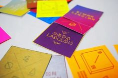 25 Stunning Examples Of Square Business Cards for Inspiration