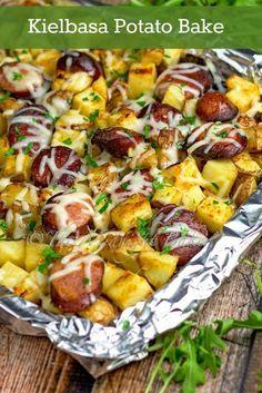 Kielbasa & Potato Gratin   bakeatmidnite.com   #kielbasa #potatoes #easydinners