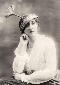 vintage everyday: Women's Hats, 1913-1915
