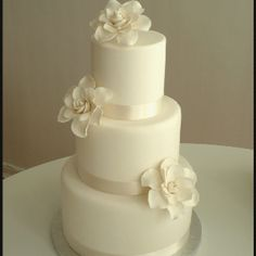 Simple yet elegant wedding cake