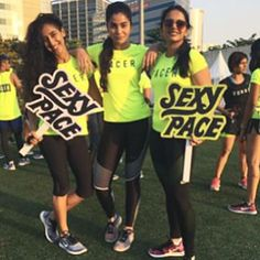 HAPPY ANNIVERSARY #NRCMUMBAI!  Swipe swipe swipe to see all the fun :D sorry for the crappy quality - instagram does that when I share multiple pictures, no idea why.  Thank you team @nike @nikerunning for all the good times.  Love my #nikefamily  Boomerangs ft @noye17 @pooja_s15 @pacer.mumbai @asif.khan05 @marathonermuthu @akshii09  #nevernotrunning #comerunwithus #justdoit #nrc #pacerfamily #mumbairunners #nikerunning #applewatchnike+ #happiness #squadgoals #lifegoals #fitfam #fitness…