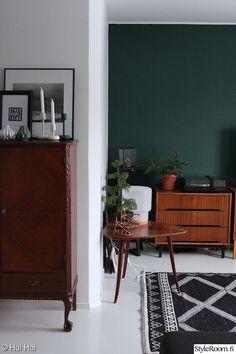 Tikkurilan Vuono // Our green wall Wall Paint Inspiration, Pink Sofa, Girls Dream, Paint Colors, Sweet Home, Cabinet, Storage, Green, Room