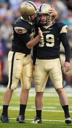 Look man.you're a damn kicker. Don't mess this shit up! Army Football, Football Players, College Football, Football Helmets, Hot Men, Hot Guys, Sports Uniforms, Team Uniforms, Men's Underwear