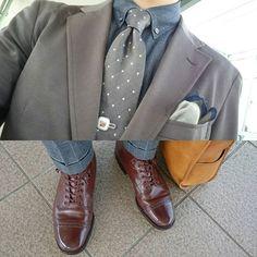 2016/09/28 09:51:31 bluem_t 茶色な気分=ブーツ。 9月も終盤なのに、何故こうも暑いのか。 #jaket #ジャケット #mackintoshphilosophy #マッキントッシュフィロソフィー #shirt #シャツ #UNIQLO × #jilsander #ユニクロ × #ジルサンダー #necktie #ネクタイ #cricket #クリケット #shoes #靴 #leathershoes #革靴 #alden #オールデン #boots #ブーツ #leatherbag #革鞄 #somes #ソメスサドル