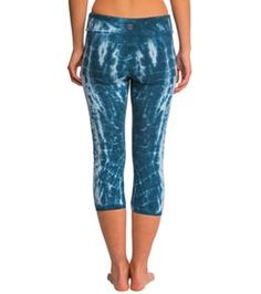 Women's Yoga Capris - Largest Selection at YogaOutlet.com