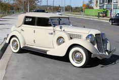 A rare and beautiful Auburn convertible sedan built by the Auburn Cord Duesenberg Company of Auburn, Indiana. / 1935 Auburn 653 Convertible Sedan