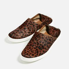 Image 3 of PRINTED LEATHER SNEAKERS from Zara