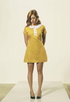 Senf dunkel gelb Mod 1960 Etuikleid mit weiß von FrenchieYork