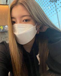 South Korean Girls, Korean Girl Groups, Princess Lia, My Girl, Cool Girl, Kpop Outfits, Ulzzang Girl, Asian Girl, Instagram