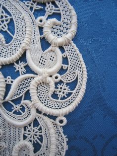Needlelace. Ombretta Panese ... tap through for more