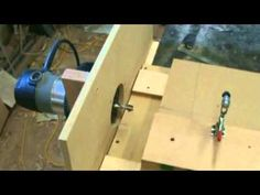 Horizontal Mortising Machine Homemade Tools, Diy Tools, Router Woodworking, Woodworking Projects, Mortise Jig, Mortising Machine, Diy Router Table, Router Lift, Box Joints