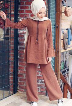 How to Combine Cinnamon Color? Modern Hijab Fashion, Abaya Fashion, Muslim Fashion, Fashion Outfits, Modern Abaya, Fashion Black, Hijab Style Dress, Casual Hijab Outfit, Hijab Chic