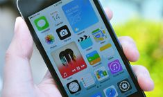 This striking iOS 8 concept reinvents the homescreen | The Verge