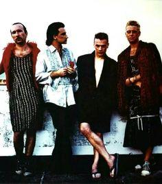 Stay (Faraway, so close) U2 Zooropa, Bono U2, Adam Clayton, Achtung Baby U2, Dublin, Zoo Station, David Evans, Paul Hewson, Musica
