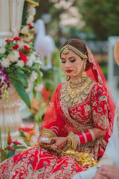 Asian Bridal Dresses, Indian Bridal Outfits, Indian Bridal Fashion, Designer Bridal Lehenga, Indian Bridal Lehenga, Pakistani Bridal Wear, Bridal Makup, Indian Bridal Photos, Bridal Lehenga Collection