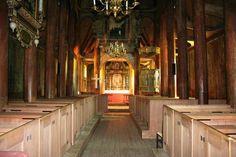 Kaupanger stavkyrkje - Kirker i Norge