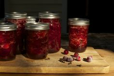 Make Your Own Organic Cranberry Sauce {Enough for both Canadian Thanksgiving and Christmas} from Cubit's Organic Living