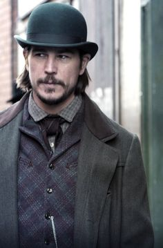 Penny Dreadful Season 3 Spoilers: Will Ethan Chandler Fall In Love With Hecate Poole? #news #fashion