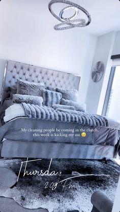 Luxury Bedroom Design, Luxury Rooms, Luxurious Bedrooms, Bedroom Decor For Teen Girls, Room Ideas Bedroom, Beauty Room Decor, Decor Home Living Room, Dream House Interior, Stylish Bedroom