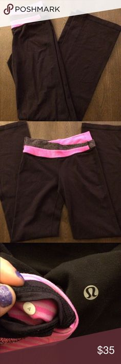 Lululemon yoga pants Cute lululemon yoga pants, size 4. Good condition, small amount of pilling (see pic) lululemon athletica Pants Leggings