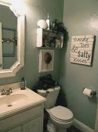 Small Bathroom : Small Half Bathroom Makeover With Vintage Decor And Starfish Shellfish Decoration For Small Lodge Bath Decor Small Bathroom Makeover Idea With Perfect Space Saving Theme To Make Room Look Bigger Sea Bathroom Decor, Beach Theme Bathroom, Beach Bathrooms, Boho Bathroom, Bathroom Wall, Ocean Bathroom, Bathroom Vintage, Beachy Bathroom Ideas, Costal Bathroom