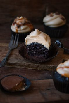 Moist chocolate cupcakes topped with a creamy peanut butter frosting