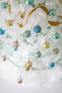 Holiday DIY: Baubles + Trim   theglitterguide.com