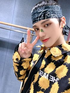 Jung Woo Young, Kim Hongjoong, Kpop, Celebrities, Instagram, How To Make, Bts, Boy Groups, People