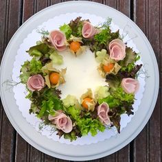 Kuvan mahdollinen sisältö: kukka ja ruoka Eggs, Breakfast, Morning Coffee, Egg, Egg As Food