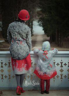 Felt for mother and daughter Nuno Felting, Needle Felting, I Love Girls, Handmade Felt, Felt Art, Textile Art, Wool Felt, Fiber Art, Amazing Art