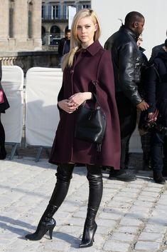 Gorgeous cape coat and this fab boots. #PFW