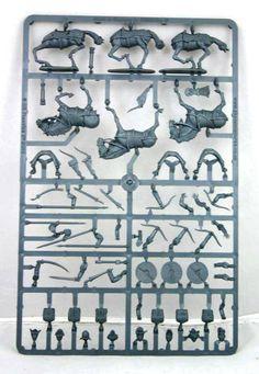 Cavalerie lourde sarrasins & maures Moyen-âge                                                                                                                                                                                                                                                          12 figurines 12 chevaux en plastique à monter et à peindre