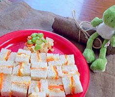 遊びながらも大体は食べてくれました(*^^*) - 46件のもぐもぐ - 人参と卵のサンドイッチ by あんこ