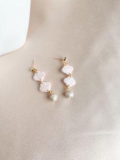 The Beaded Arch in Black Pepper   statement earrings  polymer clay earrings  pearl earring