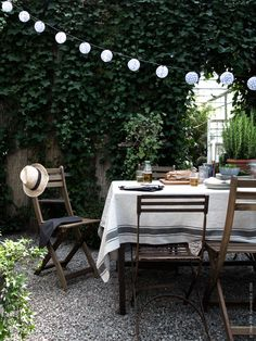 68 Ideas ikea patio furniture outdoor spaces porches for 2019 Outdoor Rooms, Outdoor Dining, Outdoor Gardens, Outdoor Furniture Sets, Outdoor Decor, Ikea Outdoor Table, Dining Area, Ikea Patio Furniture, Outdoor Tablecloth