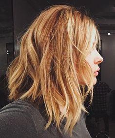 6 Times Chloe Grace Moretz Had Little Mermaid Hair - Chloe Grace Moretz in November 2015 - from InStyle.com