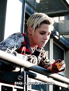 Kristen Stewart as Sabina Wilson Kirsten Steward, Kirsten Stewart Style, Kristen Stewart Gif, Joker Dc Comics, Def Not, Naomi Scott, Idole, Elizabeth Gillies, Robert Pattinson