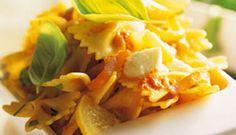 Salade de pâtes au poulet grillé et feta Snack Recipes, Snacks, Cantaloupe, Cabbage, Chips, Favorite Recipes, Meals, Fruit, Vegetables