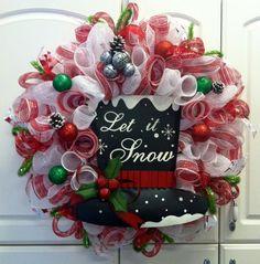 Christmas Deco Mesh Wreath, www.countrychicscreations.com