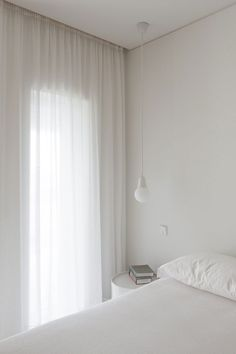 Image 34 of 40 from gallery of Forte Apartment / merooficina. Photograph by José Campos Room Ideas Bedroom, Home Bedroom, Bedroom Decor, All White Bedroom, Minimalist Room, Aesthetic Room Decor, Dream Rooms, New Room, Room Inspiration