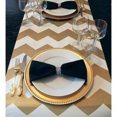 Gorgeous Gold and Cream Chevron Paper Table Runner Gift Wrap Place Mat 6 Feet