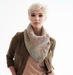 Cache-cou (snood) à boutons à réaliser au tricotin ou au tricot