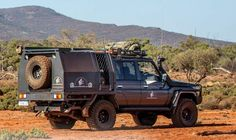 Survival camping tips Jeep Truck, Truck Camper, Camping Guide, Camping Hacks, Ute Canopy, Land Cruiser 70 Series, Toyota Lc, Survival Tent, Expedition Vehicle