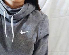 37 Ideas how to wear hoodies outfits cheap nike Only Fashion, Look Fashion, Teen Fashion, Runway Fashion, Fashion Trends, Fashion Shoes, Nike Fashion, Fashion Women, Fashion 2018