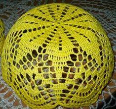A powstał z takiego wzoru na serwetkę Podoba mi się i jako serwetka i jako koszyczek .... Schemat, z któergo korzystałam po... Crochet Vase, Knit Crochet, Doilies, Diy And Crafts, Knitting, Lace, Pretty, Design, Top