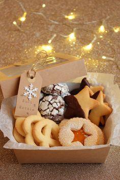 Christmas Cookies Packaging, Christmas Cookies Gift, Christmas Sweets, Noel Christmas, Christmas Baking Gifts, Christmas Cooking, Homemade Christmas, Bake Sale Packaging, Cookie Packaging