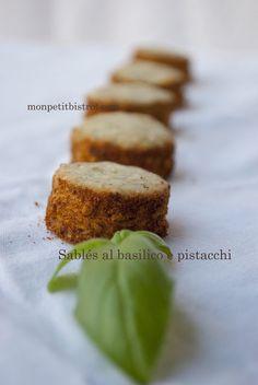 Sables salati al basilico e pistacchi