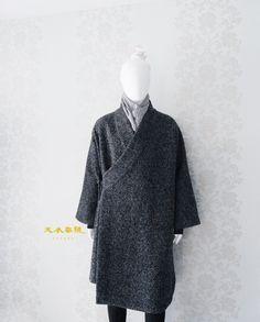 New Wardrobe, Capsule Wardrobe, Boho Fashion, Mens Fashion, Fashion Outfits, Culture Clothing, Korean Hanbok, Bohemian Mode, Mens Style Guide